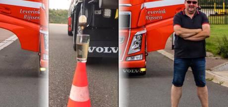 Nederlandse trucker gaat wereld over omdat hij met zijn vrachtwagen kopje thee zet: 'Dit loopt uit de hand'
