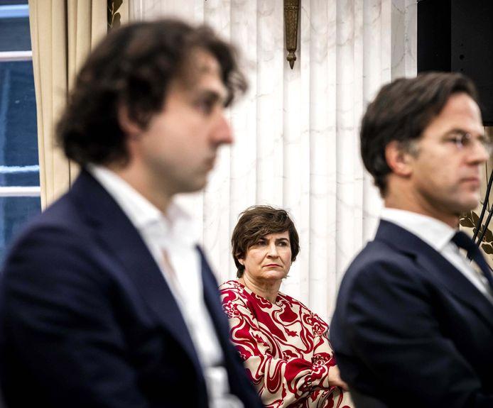 Liliane Ploumen (midden), Jesse Klaver (links) en Mark Rutte.