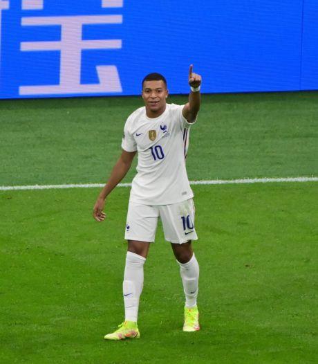 Scheidsrechtersbaas snapt ophef over doelpunt Mbappé niet: 'Duidelijk geen buitenspel'