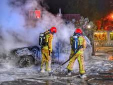 Auto vat vlam in Bergeijk, eigenaar blijft ongedeerd