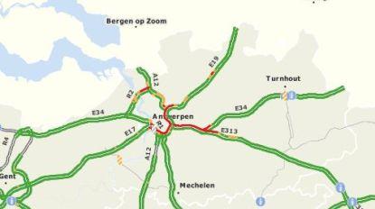 Nu al file op Antwerpse ring en E313 door reparatie aan Kennedytunnel