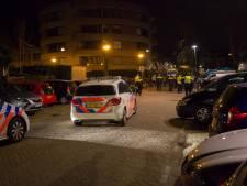 Oproer in uitgaansnacht Roosendaal: grote groep bemoeit zich met arrestatie, agenten trekken wapenstok