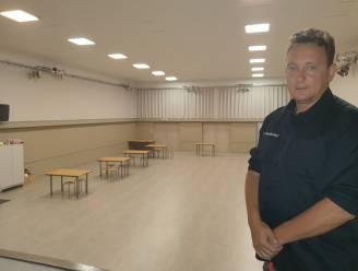 """Zaal 't Markenhof ondergaat metamorfose: """"Vrijwilligers hebben 70 ton puin naar buiten gehaald"""""""