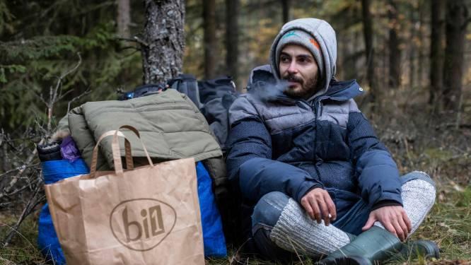 """Le récit d'un migrant à la frontière entre l'UE et le Bélarus: """"C'est un cauchemar"""""""