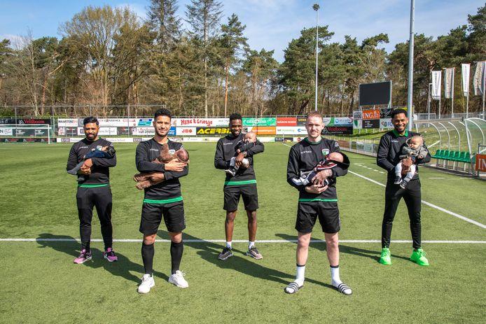 Vijf spelers van het eerste elftal van VVOG zijn dit seizoen vader geworden.