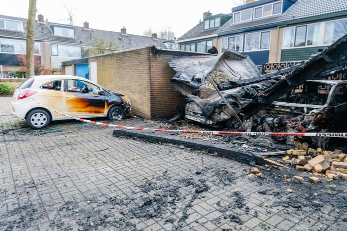 Gevolgen van de eerste brand bij de woning in Nijenheim.