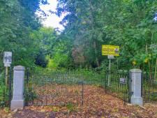 Monumentaal hekwerk op Hemelse Berg is vernield: 'Alleen omdat je op andermans terrein wilt wandelen'