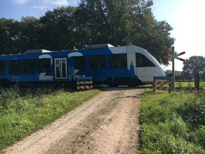 Onbeveiligde spoorwegovergang (nabo) Grensweg Oost in Ambt Delden