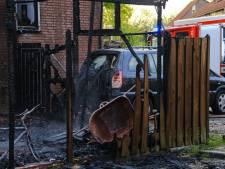 Bewoner huis Helmond ternauwernood met de schrik vrij na brand: 'Een minuut later en ik was gestikt'