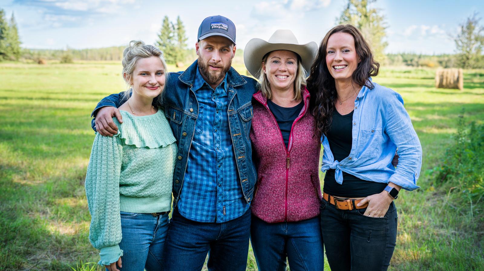 Charlotte, Stephan, Evelien en Aline in Canada.