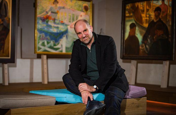 Studio 100-topman Hans Bourlon vertelt in Dag Allemaal over de zomer- en najaarsplannen van het bedrijf.