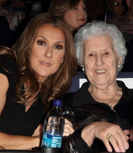 """En deuil, Céline Dion rend hommage à sa maman: """"Nous t'aimons tellement"""""""