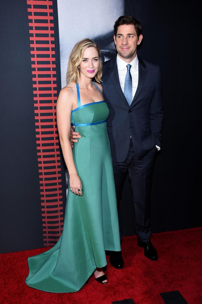 Emily Blunt met haar Amerikaanse echtgenoot en collega John Krasinski, tijdens de première van The Girl on the Train.