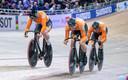 Baanwielrenners Roy van den Berg, Harrie Lavreysen en Jeffrey Hoogland/
