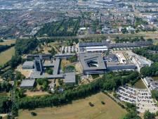 Geen open dagen Universiteit Twente, wel op autosafari over de campus
