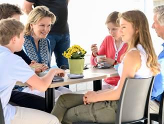 """Koning Filip met gezin op bezoek in Limburg: """"Dit maakt ons verloren voorjaar voor een groot deel goed"""""""