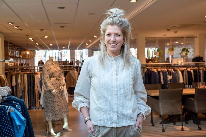 Klundert, Moreno Molenaar/Pix4profs  Sietske Ottevanger van Maribelle Mode in Klundert.