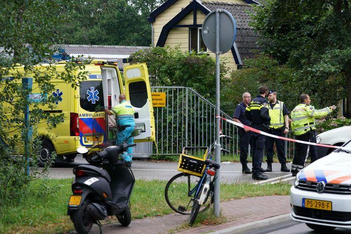 Een fietsster raakte zwaargewond bij het ongeval met de bestelbus.