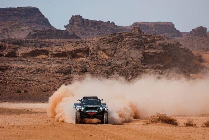 Tim en Tom Coronel eindigden met The Beast op de 26ste plek in het eindklassement van de Dakar Rally.