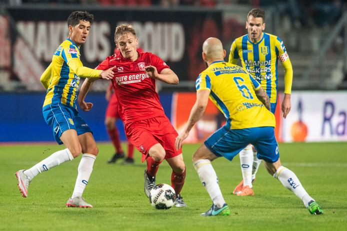 Matthew Smith was vrijdag tegen RKC de aanjager bij FC Twente.