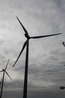 Windmolens achter Spijkenisse-Noord komen er, hoe dan ook