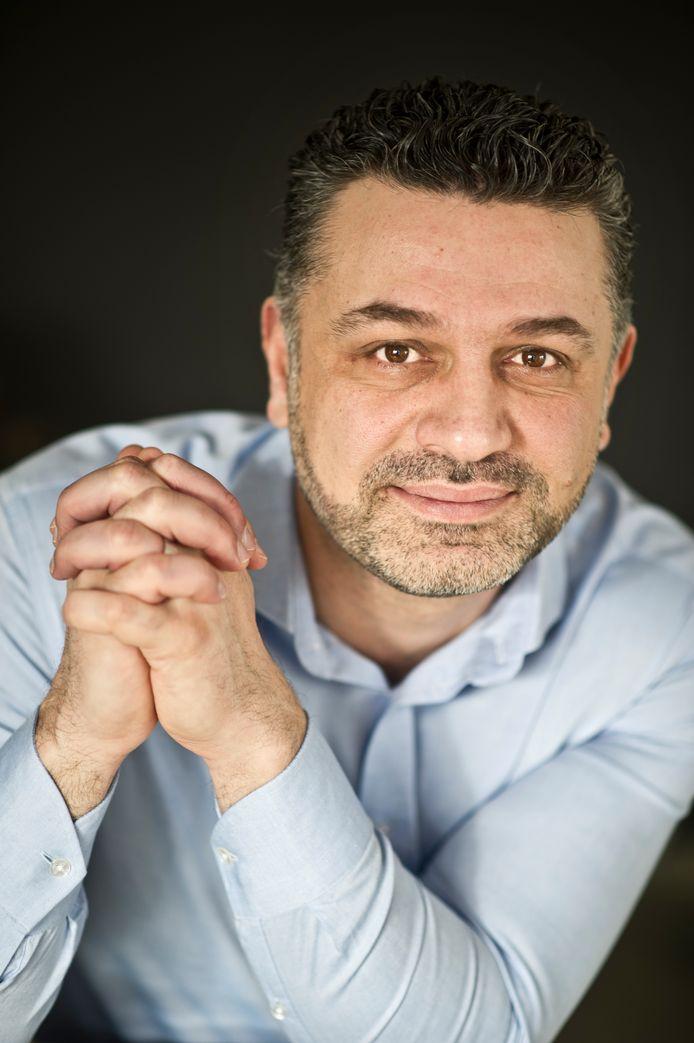 PvdA-voorman Ammar Selman vindt de korte gemeenteraadsvergadering van woensdag teleurstellend: 'Geen kans op een inhoudelijke debat gehad'