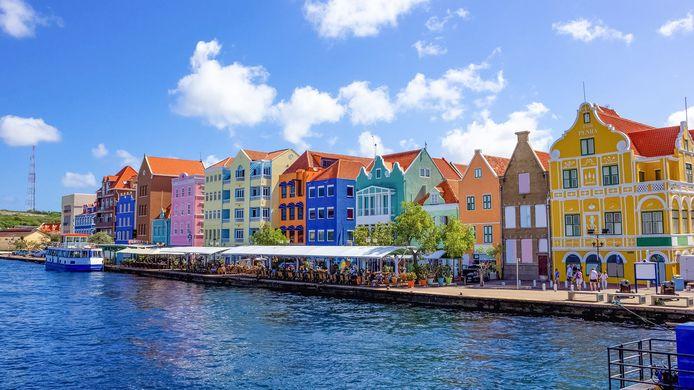 De Caribische delen van het Koninkrijk zijn de enige bestemmingen zonder een negatief reisadvies.