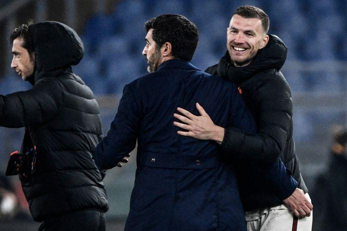 Edin Dzeko redde AS Roma tegen Ajax.