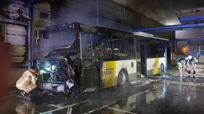 Bus van De Lijn brandt uit in stelplaats