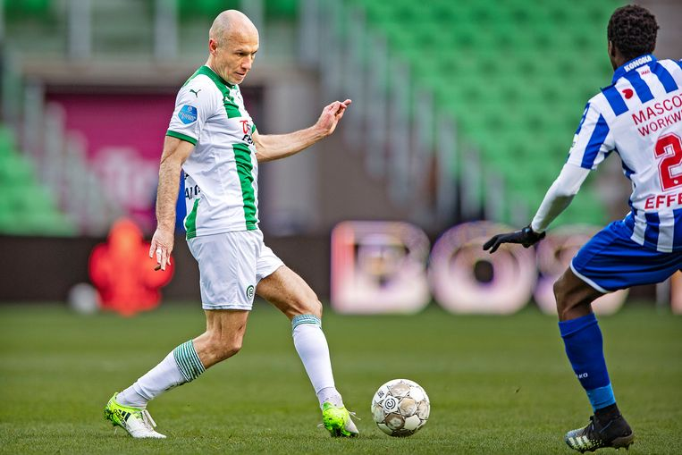 Robben kwam het veld in bij een 0-1 achterstand en kon een nederlaag (0-2) niet voorkomen. Beeld Guus Dubbelman / de Volkskrant