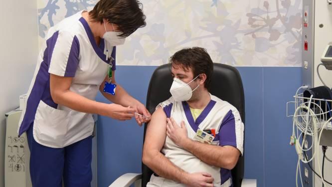Lichtpuntje voor AZ Sint-Blasius: eind deze week moet al het personeel (eerste keer) gevaccineerd zijn