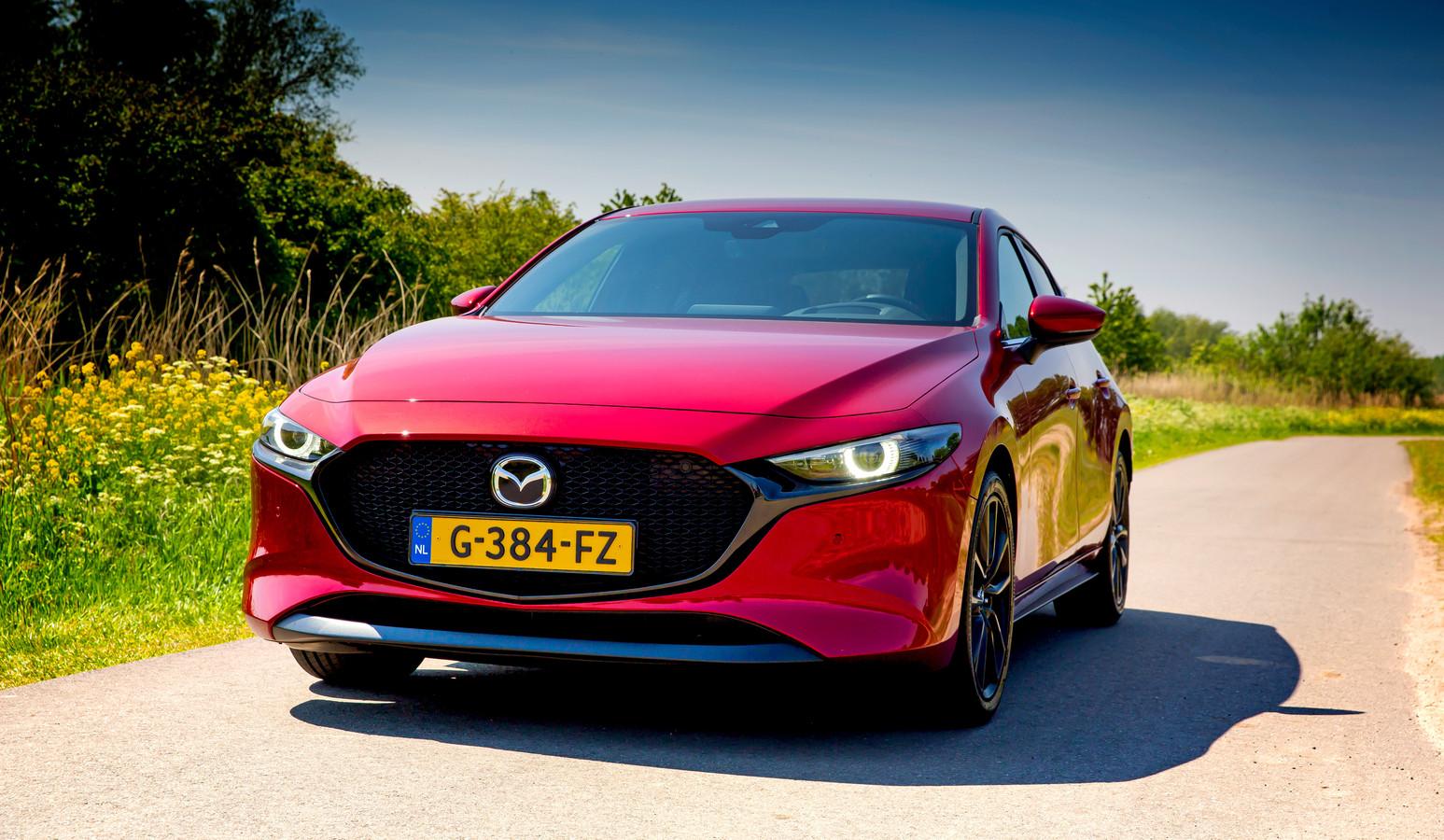 De Mazda 3 Skyactiv-X heeft een benzinemotor die ongeveer werkt als een dieselmotor.