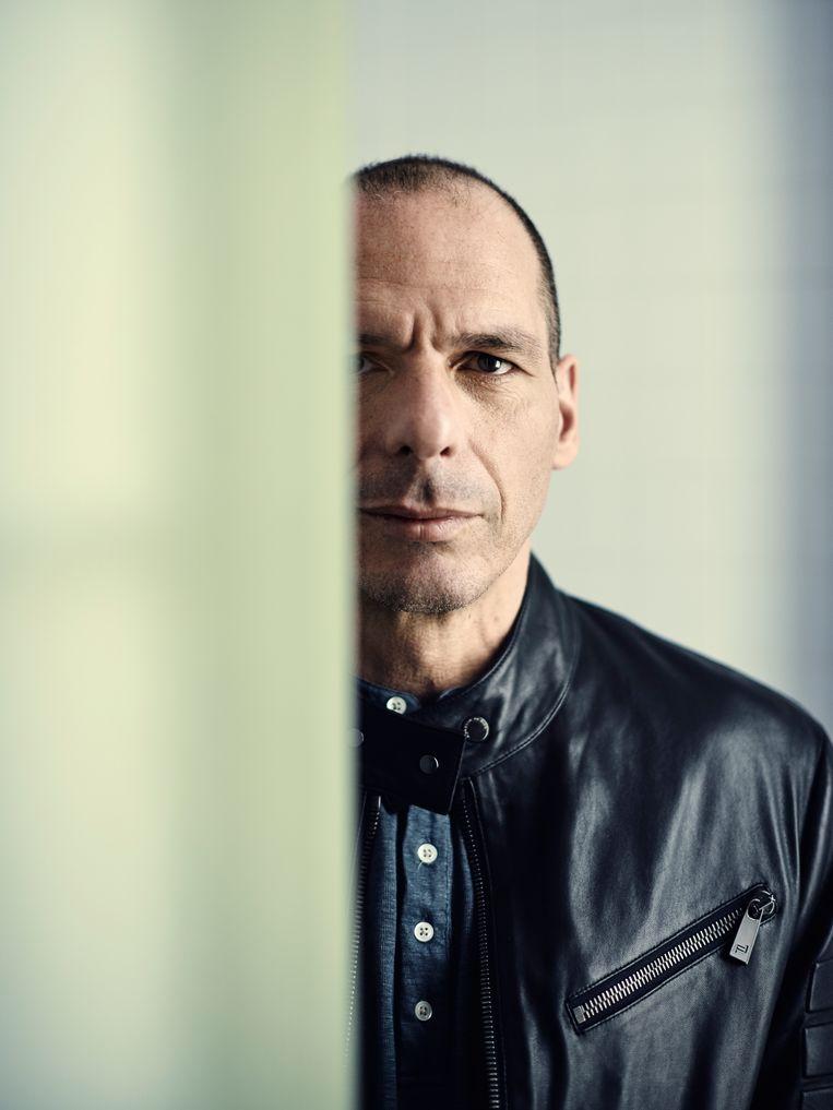 Varoufakis: 'Merkel is door en door een politicus en ze speelt het politieke spel op een sublieme manier.'  Beeld Contour by Getty Images