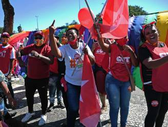 """Tienduizenden Brazilianen eisen afzetting van president Bolsonaro: """"Buiten met deze corrupte crimineel"""""""