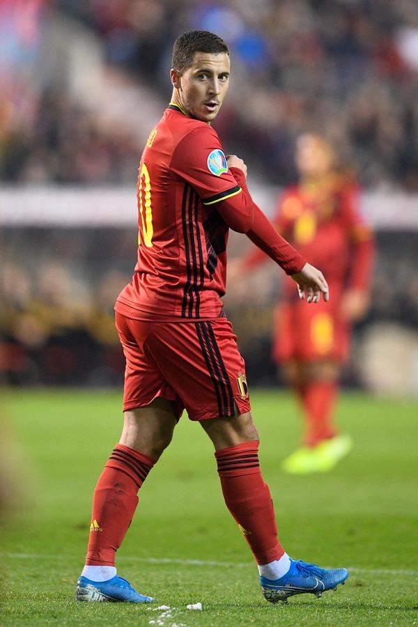 Hazard mocht de trofee vorig jaar in ontvangst nemen. Deze keer zit er geen voetballer in de top 3.