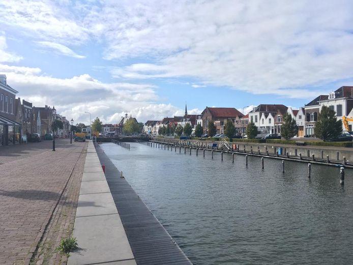 De haven van Brouwershaven. In 2019 voor even bootloos in verband met een grote restauratie