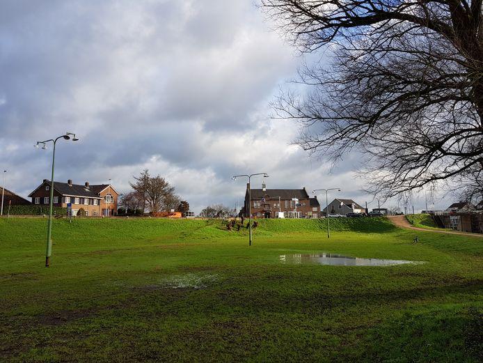 Het Waardje in Arkel krijgt onder meer een voetbal- en volleybalveld. Ook worden wandelpaden aangelegd.