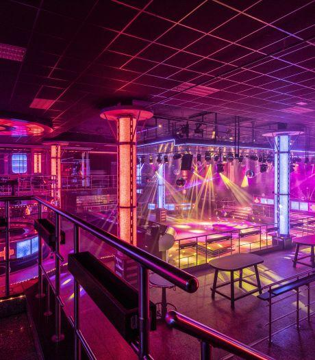 Wat dooft er eerder: het virus of het licht bij discotheek Dieka?