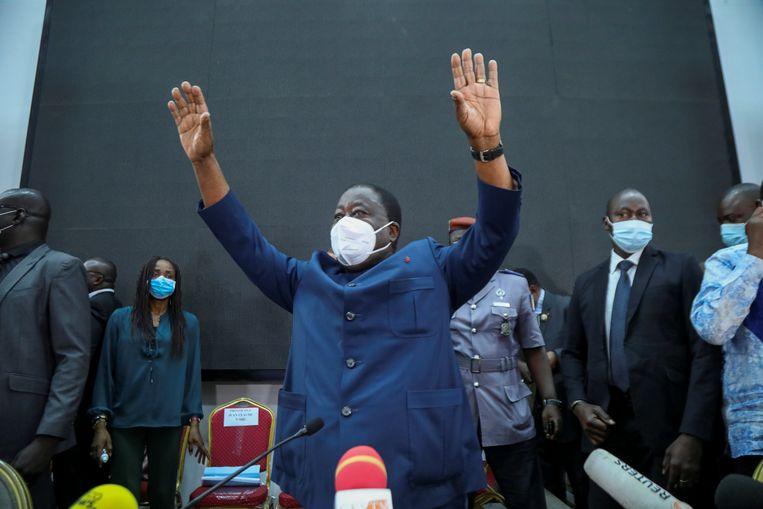 De 86-jarige Henri Konan Bédié, in de jaren negentig al president, is ook weer kandidaat. In Ivoorkust, waar de gemiddelde leeftijd 19 jaar is, wordt de politiek al decennia gedomineerd door dezelfde, inmiddels bejaarde club mannen. Beeld REUTERS