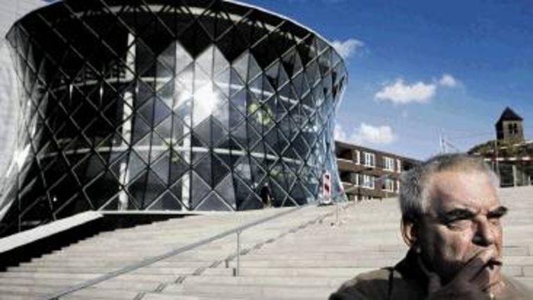 De eerste mijnwaterenergiecentrale in het Corneliushuis in de wijk Bleierheide in Heerlen. (Chris Keulen) Beeld