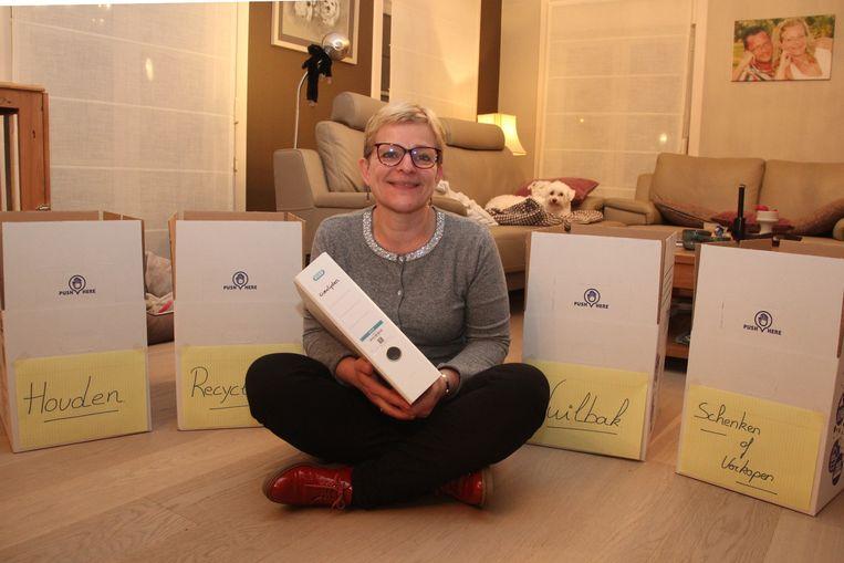 Anja Coppens handhaaft enkele basisregels om je huis- en/of werkomgeving beter te organiseren.