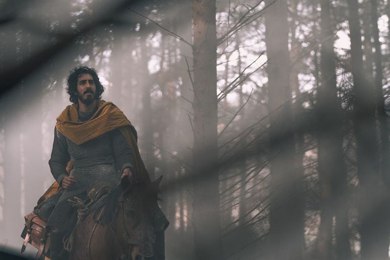 Dev Patel als Gawain in 'The Green Knight'. Beeld K2 / Filmstill