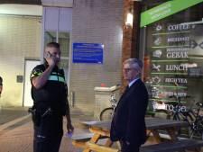 Burgemeester Zoetermeer ziet hoe 'stomdronken en doorgesnoven' uitgaanspubliek zich misdraagt