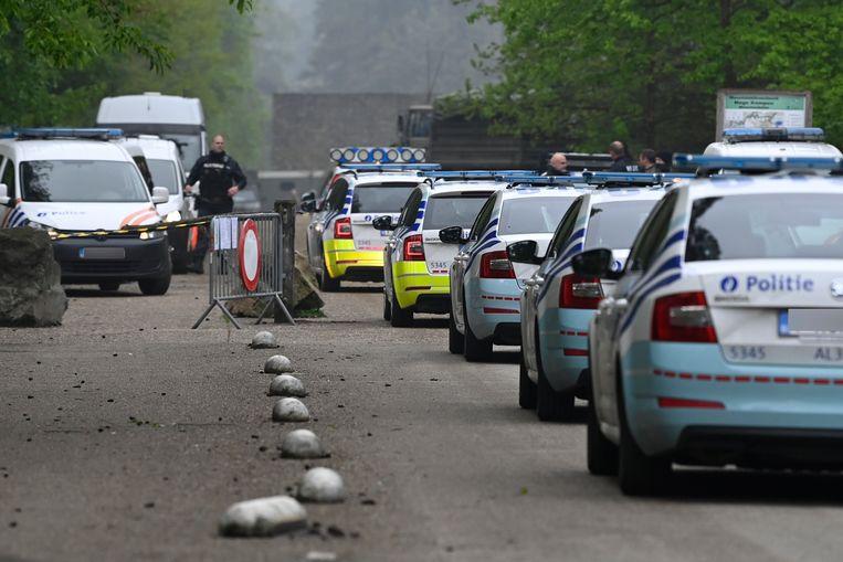 Ook de politie is opnieuw massaal aanwezig. Beeld BELGA