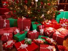 Un cambrioleur pris en flagrant délit après avoir déballé des cadeaux de Noël