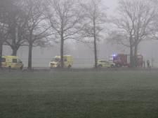 18-jarige man uit Almelo om het leven gekomen bij ongeval in Enter: auto vloog in brand