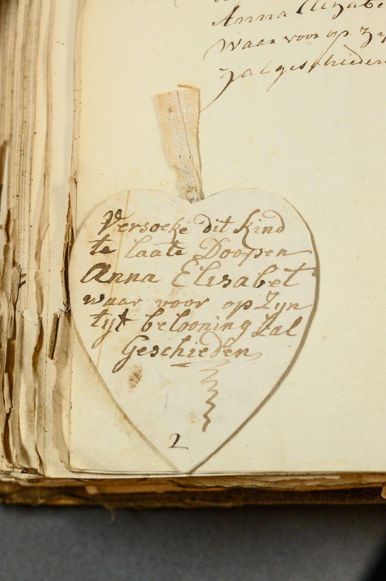 Een van de briefjes die werden achtergelaten bij de kinderen. Beeld Amsterdam Museum