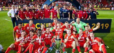 Verbeek en Sibon winnen Australische beker met Adelaide United