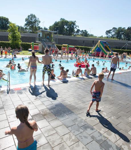 Recordaantal bezoekers buitenbad Het Ravijn in Nijverdal