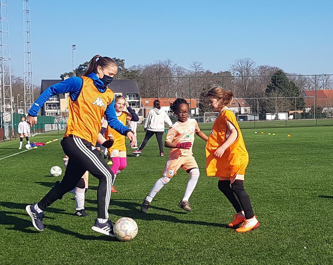Football Girls Leuven bestaat nog niet lang maar de ledenlijst wordt alsmaar langer.